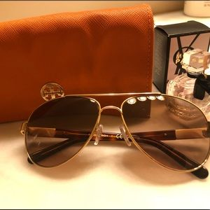 Sun glasses, pilot aviators ty6010